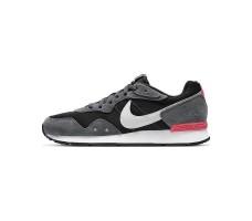 Кроссовки Nike Venture Runner
