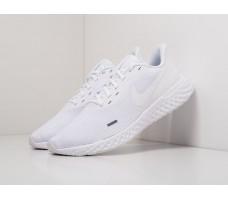 Кроссовки Nike Revolution 5